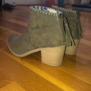 army green ankle boots, size 6.5